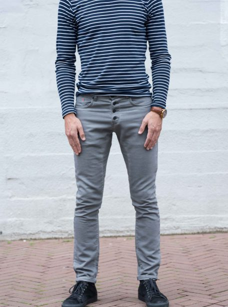 Jogg jeans knoopjes