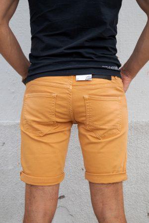 Blackram oranje achterkant