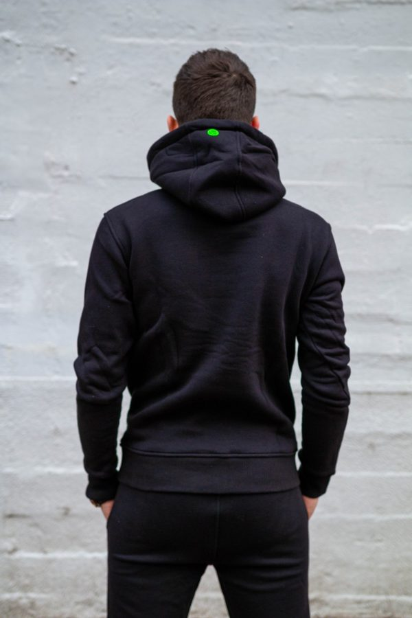 hoodie zwart achterkant