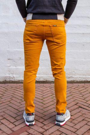 Jeans geel achterkant