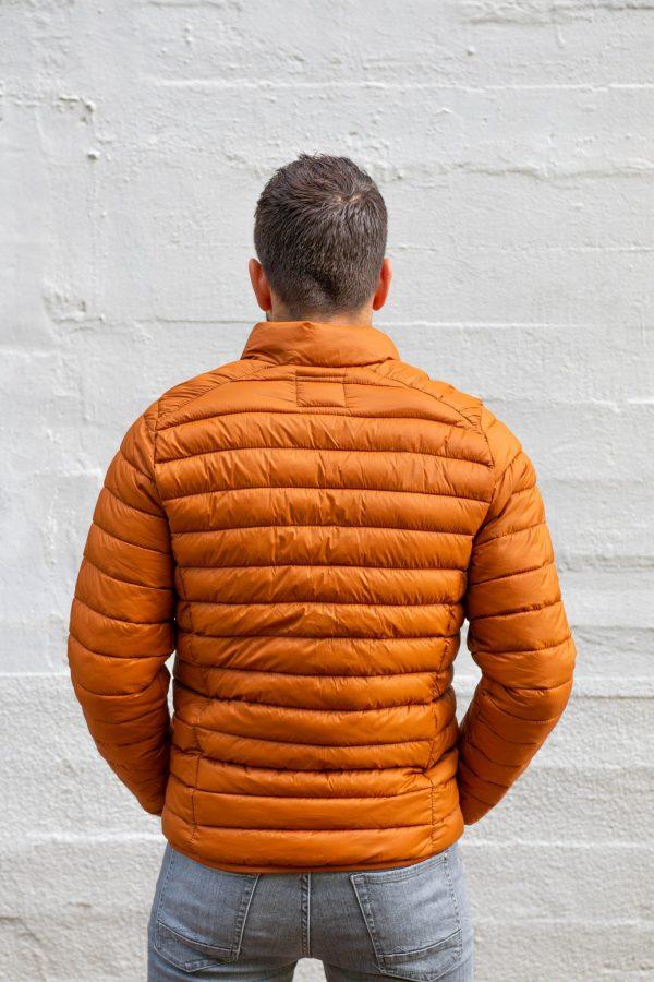 Jasje cognac oranje achterkant